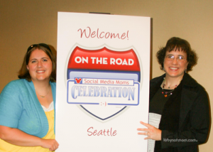 "Tonia and Becca of ""Love our Disney"" at Disney on the Road Seattle! #DisneySMMoms"